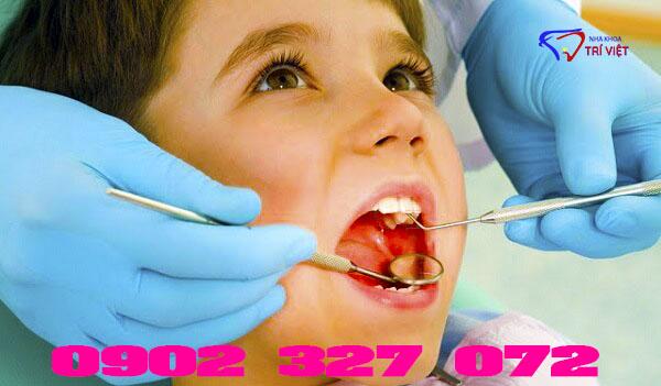 Có nên bọc răng sứ cho trẻ em không?